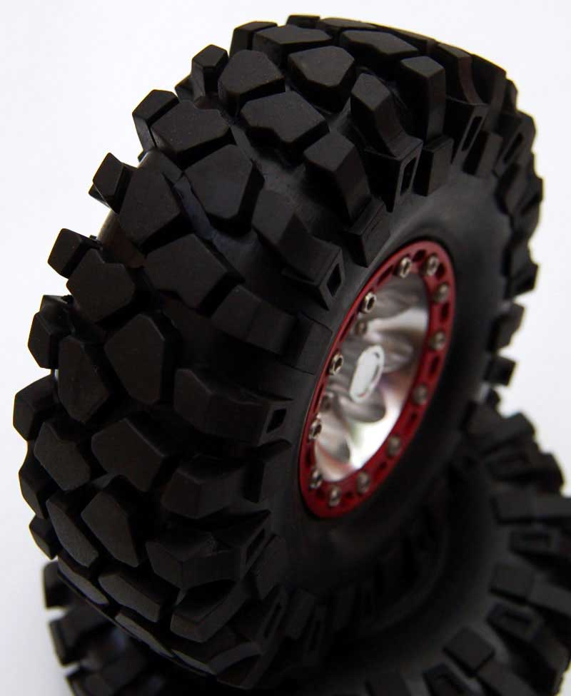 and extremly deep thread. Made for the most demanding off-road fans
